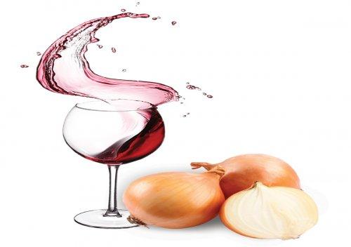 Hành tây và rượu vang là những thứ tốt cho sức khỏe, nhất là tim mạch.