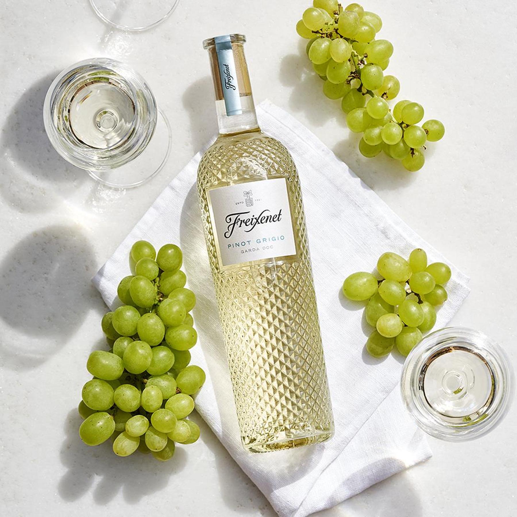 freixenet-diamond-wine-pinot-grigio_5_-15-10-2020-14-17-34.png